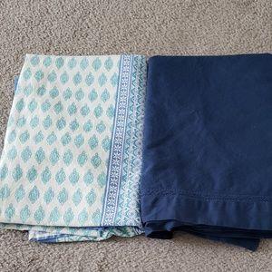 Set of 2 Tablecloths size 60x60